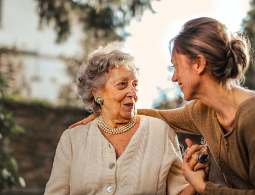 Escuela de Cuidados: consejos sobre educación emocional para cuidar desde el afecto